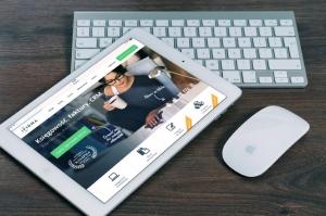 Cómo Comenzar un Negocio en Internet en Tres Pasos (y que le Impide Hacerlo)